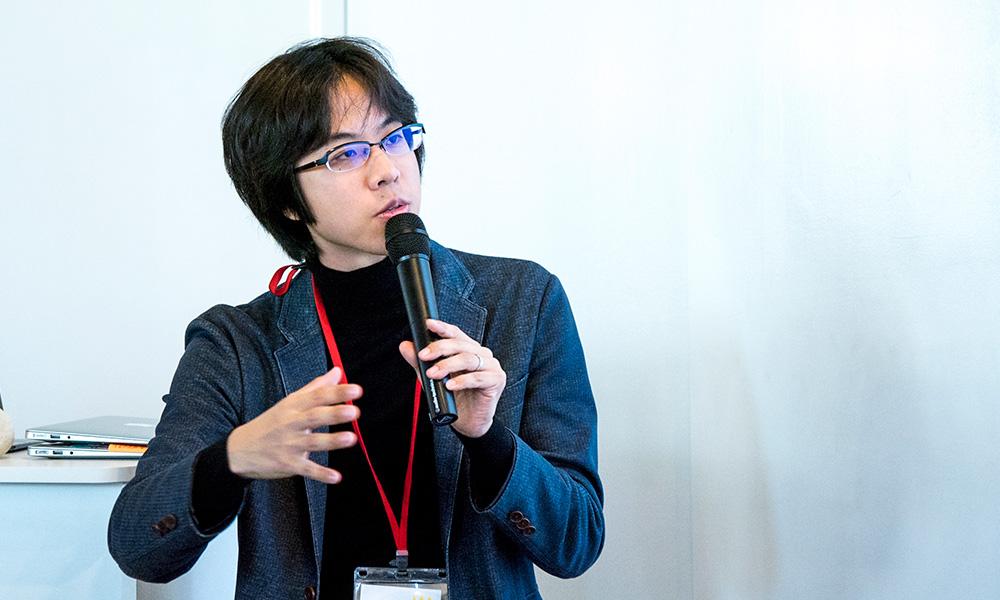 慶應義塾大学大学院メディアデザイン研究科 南澤孝太氏写真