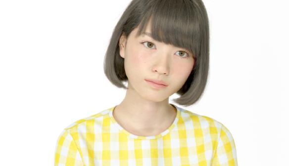 石川晃之 / 石川友香(telyuka )緻密な観察から画面越しに紡ぎ出される、17歳の女の子